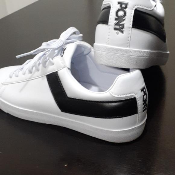 Basketball Sneakers   Poshmark